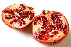 How to Open and De-seed a Pomegranate... because we are all dying to know!
