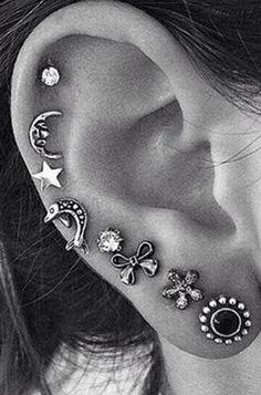 Cute Ear Piercing Ideas for Teenagers Cartilage All the Way Around -  linda oreja piercing para adolescentes - MyBodiArt.com