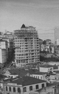 1947 - Antigo Largo do Riachuelo, atual praça das Bandeiras.