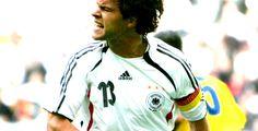 Deutschland - Kolumbien - WM-Testspiel - Nach dem enttäuschenden Spiel gegen Japan hat das deutsche Team im letzten Testspiel vor der Fußball-WM 3:0 gegen Kolumbien gewonnen.
