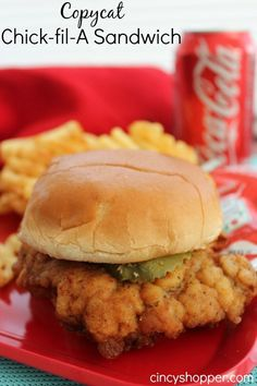 CopyCat Chick-fil-A Sandwich. CopyCat Chick-fil-A Sandwich Recipes Cuisine : Recipe Yields : Prep time : – Keywords : , Ingredients 2 Boneless Skinless Chicken Breast cup Pickle Juice 2 Eggs. Chick Fil A Sandwich, Soup And Sandwich, Salad Sandwich, Quick Sandwich, Sandwich Bar, Sandwich Spread, Sandwich Ideas, Copycat Recipes, Great Recipes