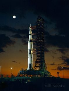 Test Flight of Giant Saturn V Rocket for Apollo 4 Mission at Kennedy Space Center, Nov 8, 1967 写真プリント