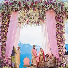 Clear blue sky mountains floral manadap = perfect place to get married Decor by: Shot by: Event planner: Location: . Wedding Day Wedding Planner Your Big Day Weddings Wedding Dresses Wedding bells Places To Get Married, Got Married, Getting Married, Italian Wedding Venues, Best Wedding Venues, Indian Wedding Clothes For Men, Wedding Mandap, Wedding Entrance, Wedding Dresses