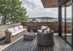Objekt 328 #architektur #architekturschweiz #architekturzürich #architekturbüro #designhaus #interiordesign #design Outdoor Furniture Sets, Outdoor Decor, Interiordesign, Home Decor, Air Fresh, Porches, Environment, House, Home Interior Design