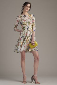 Monique Lhuillier Resort 2016 - Collection - Gallery - Style.com   http://www.style.com/slideshows/fashion-shows/resort-2016/monique-lhuillier/collection/22
