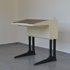 WRITING DESK FROM THE SEVENTIES BY ELMAR FLÖTOTTO FOR UNKNOWN PRODUCER