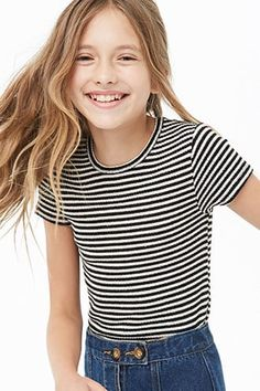 Girls striped top (kids) in 2019 Teenage Girl Outfits, Cute Girl Outfits, Kids Outfits Girls, Sporty Outfits, Kids Girls, Tween Fashion, Fashion Outfits, Fashion Blogs, Girls Sports Clothes