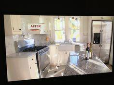 White cottage kitchen corner layout
