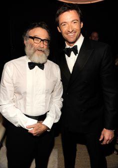 #RobinWilliams and 2014 #TonyAwards host #HughJackman pose at the 2011 awards ceremony. #Broadway #WhereStarsAlign