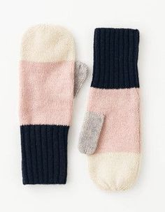 Ivory/Pink Pearl/Navy/Grey Colourblock Mittens Boden - Second Crafting Knitted Gloves, Loom Knitting, Knitting Socks, Hand Knitting, Knitting Patterns, Mittens Pattern, Mittens, Ganchillo, Tejidos