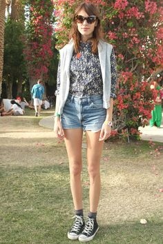 Festival Style Inspiration From Coachellas Stylish Show-Goers