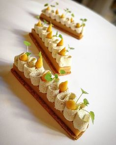Dernière semaine pour en profiter  #nicolasbacheyre #team #patisserie #pastry #caramel #vanilla #caramelo #nuts #hazelnut #noisette #huawei #chocolate #chocolat #igers #igdaily #photooftheday #photo #hdr #chefsofinstagram #instafood #instagood #love #life #follow #me #food #sweet #fruits #color .
