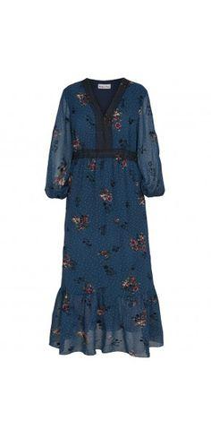 Sukienki codzienne - Kolekcja jesienna || Modne sukienki - ModernLine Dresses With Sleeves, Long Sleeve, Fashion, Moda, Full Sleeves, Fashion Styles, Gowns With Sleeves, Fashion Illustrations, Fashion Models
