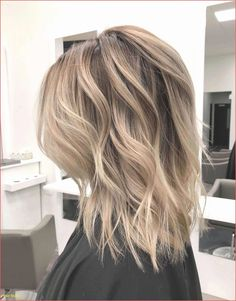 222 Most Popular Medium Length Hairstyles  #hairstyles #length #medium #popular #Updosformediumlengthhair