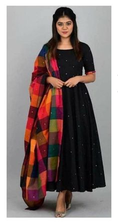Indian Fashion Dresses, Indian Gowns Dresses, Dress Indian Style, Indian Designer Outfits, Pakistani Dresses, Indian Outfits, Designer Dresses, Black Indian Gown, Indian Long Dress