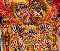 Embroidered choli from Kutch India Vintage Embroidery, Hand Embroidery, Textile Design, Textile Art, Navratri Special, Kutch Work, Plastic Art, Indian Textiles, Bottle Art