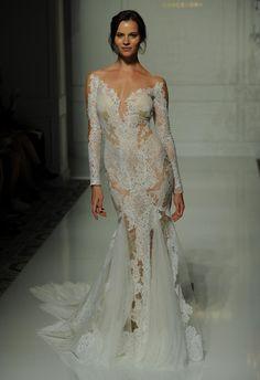 Pronovias Fall 2016 Wedding Dress Collection 17