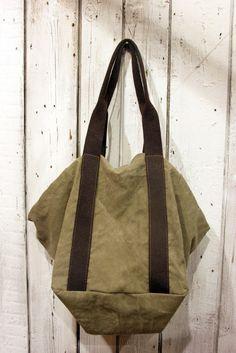 IMMAGINA una borsa da portare sempre al tuo fianco. FRANCESCA è la  risposta. Creata c3c9fe9a696