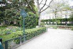 Square Georges Cain Sidewalk, Side Walkway, Walkway, Walkways, Pavement