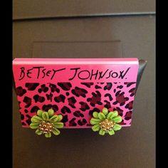 Betsey Johnson Green Flower Earrings These are brand new Betsey Johnson green flowers with gold accents. Betsey Johnson Jewelry Earrings