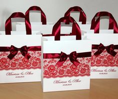 Burgundy Wedding Welcome Bags with satin ribbon handles, bow and your names Personalized Wedding Party gift bag for wedding favor for guests Wedding Gift Bags, Party Gift Bags, Wedding Favor Boxes, Wedding Favors For Guests, Gifts For Wedding Party, Wedding Thank You, Party Gifts, Wedding Stuff, Dream Wedding