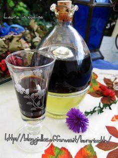 Oggi ,il mio liquore di liquirizia!Mi sembra il liquore adatto per questo periodo di halloween tutto streghe,pozioni nere e misture magiche !!A parte gli .. Limoncello, Gelato, Healthy Drinks, Shot Glass, Vodka, Wine Glass, Traveling By Yourself, Drinking, Alcoholic Drinks