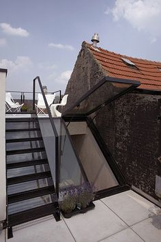 Dumbfounding Useful Tips: Metal Roofing Installation glass porch roofing. Pergola With Roof, Patio Roof, Glass Porch, Roof Hatch, Roof Access Hatch, Green Facade, Green Roofs, Fibreglass Roof, Roof Trusses