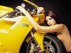 Women Who Ride - Rebel Girl ❤️Female Riders - sexy things ❤️Just because it's HOT ❤️One of the most fatal combination ❤️ Women Riding Motorcycles ❤️ Girls on Bikes ❤️ Biker ❤️ Riders ❤️ Girls who ride rock ❤️ ❤️ & Biker Chick, Biker Girl, Ducati 996, Chicks On Bikes, Ducati Motorcycles, Speed Bike, Cool Bikes, Motorbikes, Autos