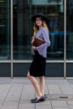 Pin for Later: 8 Interview Basics Every Girl Should Have in Her Wardrobe A Slightly Unconventional Knee-Length Skirt