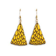 Abanico Petit Yellow Walnut Earrings: These stylish and fun bright yellow earrings are based on an original hand drawn illustration by Marta Chojnacka. -Painted by hand at her Barcelona workshop -Made using natural solid walnut wood -A varnish coat has been applied by hand to each item for a lasting finish