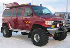 offroad ford e-350 | fully modified 4x4 Ford Econoline on 44 inch Groung Hawg's. Alaska here I come!!