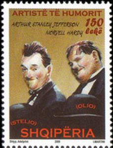 Michel-AL3291 - Laurel and Hardy in Smokings