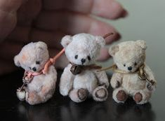 Mini teddy bear pattern and tutorial Is it me or do they look like they are committing suicide at least the smallest one does (not to me )