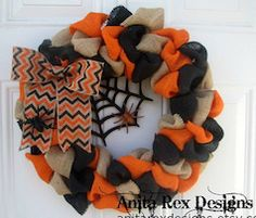 Halloween theme burlap door reef
