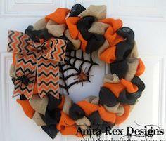 Halloween theme burlap door reef