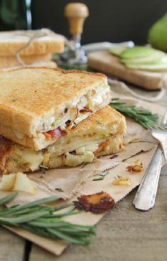Low FODMAP and Gluten Free Recipe - Brie & bacon toasties  -- http://www.ibssano.com/low_fodmap_recipe_brie_bacon_toasties.html