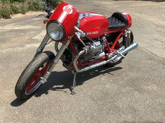 Racing Motorcycles, Motorcycles For Sale, Bikes For Sale, Moto Guzzi, Car Shop, Custom Bikes, Long Legs, Look Cool, How To Look Better