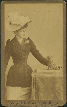 Retrato de dama, Ladrey, ca. 1860-1900 by Museo del Romanticismo, via Flickr