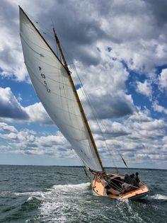 Top sailing