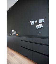 10x monochrome interieurs