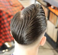 Slick Hairstyles, Classic Hairstyles, Professional Hairstyles, Horror Costume, Hair Pomade, Teddy Boys, Slicked Back Hair, Pompadour, Haircuts For Men