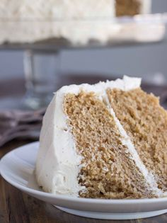Chai Spice Cake with Vanilla Bean Buttercream (Vegan) | Veggie and the Beast. this looks amazing i want it for my birthday
