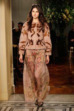 Alberta Ferretti - Runway - Milan Men's Fashion Week Fall/Winter 2017/18