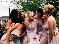 Mireasa și cele mai bune prietene, în cea mai frumoasă zi. Ce ar putea fi mai emoționant? 😍 Foto: Cătălin Cimpan Bridesmaid Dresses, Wedding Dresses, Fashion, Bridesmade Dresses, Bride Dresses, Moda, Bridal Gowns, Fashion Styles