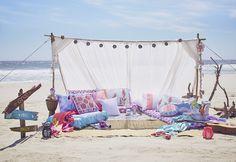 Decoración de interiores y artículos del hogar para las vacaciones de primavera/verano 2017 de Primark Surf Decor, Decoration Surf, Beach Picnic, Beach Pool, Picnic Set, Picnic Ideas, Ibiza, Primark, Beach Bars