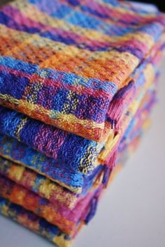 The colors on these towels are fantastic! User submitted design, ZEN towels can be woven with a 4-shaft loom.