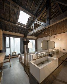 Gallery of Yu Hotel / Shanghai Benzhe Architecture Design – 1 – rustic home interior Loft Hotel, Casa Hotel, Architecture Design, Modern Architecture House, China Architecture, Hotel Architecture, Classical Architecture, Landscape Architecture, Southern Homes