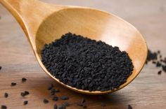Nigella sativa, also known as black cumin or black seeds cures cancer, proven. Black cumin heals more than 100 diseases such as diabetes, Alzheimer's disease, Herbal Cure, Herbal Remedies, Health Remedies, Home Remedies, Allergy Remedies, Diabetes Remedies, Nigella Sativa, Nigella Seeds, Natural Teething Remedies