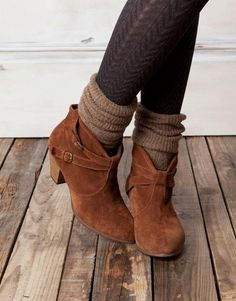 Brown booties, socks and tights. Cute combo.
