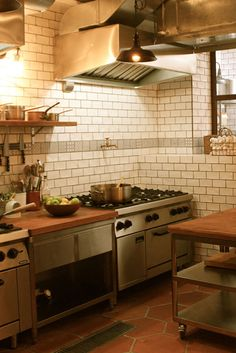 Discover corner kitchen sink only in mafa homes Corner Kitchen Layout, Kitchen Inspiration, Kitchen Sink, Homes, Table, Furniture, Ideas, Home Decor, Houses